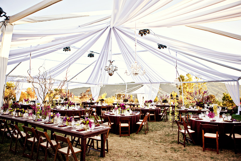 10 insider tips for a perfect outdoor wedding music city for Wedding tent lighting ideas